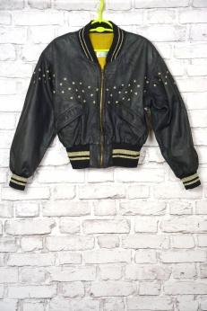 Skórzana kurtka z gwiazdami
