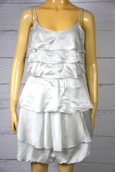 Jedwabna sukienka z falbankami