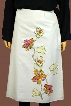 Biała bawełniana spódnica midi w kwiaty S M